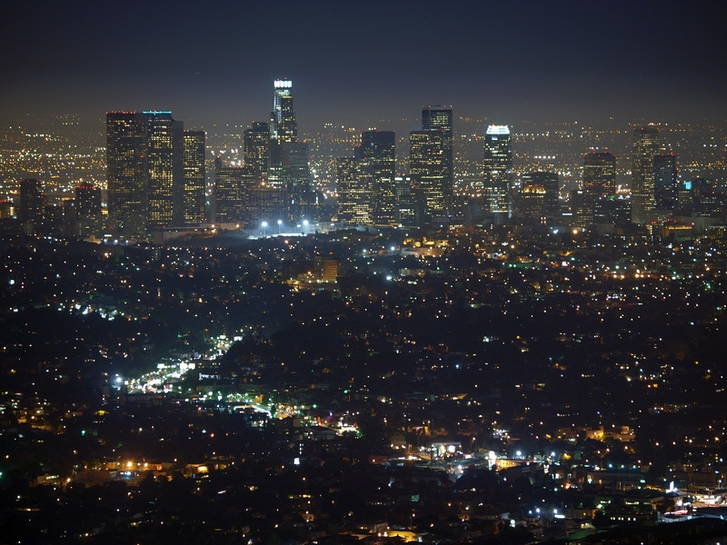 finding dedicated server colocation services in los angeles